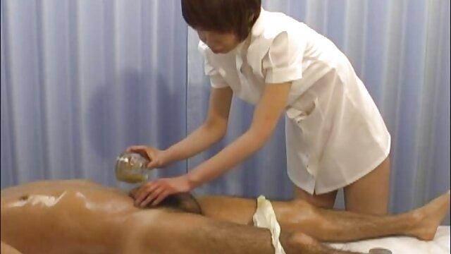 Ibu rumah tangga yang makan Pantat Bagian video seks hot terbaru 4